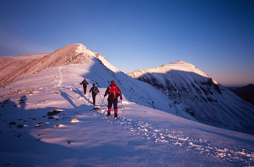 winter mountain film 35mm walking geotagged scotland torridon beneighe geotoolgmif geolat57583844 geolon5427632 scottishwinterclimbing