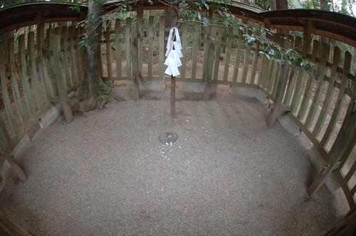 要石 kanameishi kohE022506
