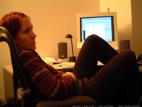 sarah paetsch in herman miller chair   dscf3272