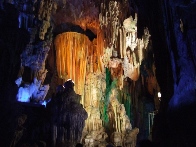 Reed Flute Cave Guilin004