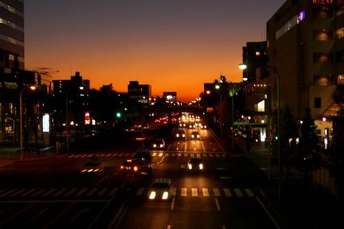 street city sunset red sky sun november2005 colors japan night digital colorful asia tl dusk streetscene casio november29 tsukuba ibaraki november292005 skyarchitecture manganite date:year=2005 date:month=november