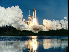 Liftoff_of_Space_Shuttle_Columbia2