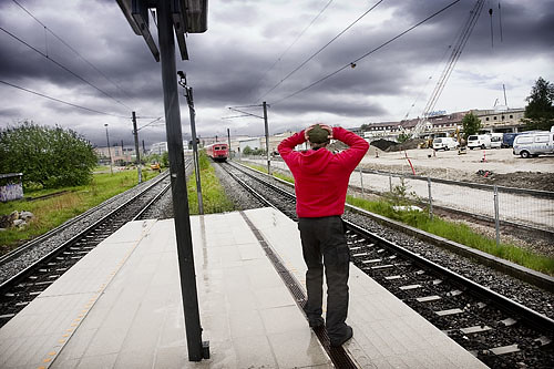 missing the train essay Essays - largest database of quality sample essays and research papers on the day when i missed my train.