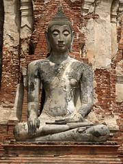 Thailand '06 - 11 Ayuthaya Buddha statue