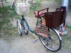 road bicycle, wheel, vehicle, bicycle frame,