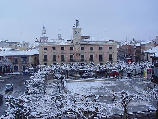 Ayuntamiento de alcala de henares nevado ayuntamiento y - Cristalerias alcala de henares ...