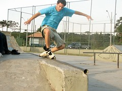 skateboarding--equipment and supplies(0.0), boardsport(0.0), skateboarding(0.0), skateboard(0.0), skateboarder(0.0), skate(0.0), sports(1.0), recreation(1.0), sports equipment(1.0), aggressive inline skating(1.0), outdoor recreation(1.0), extreme sport(1.0),