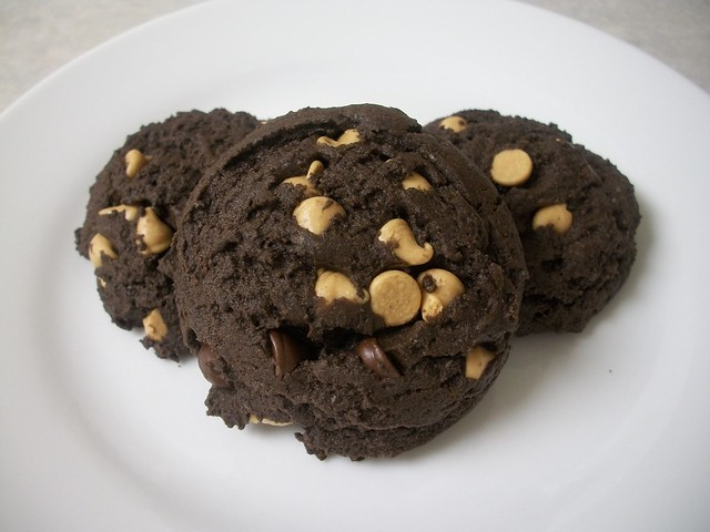 pb chocolate cookies 16