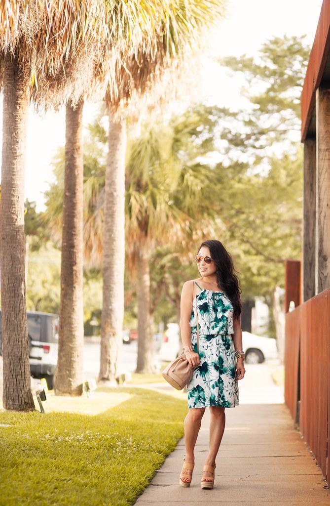 cute & little blog | palm print dress, bucket bag, brown gradiant aviators | summer outfit