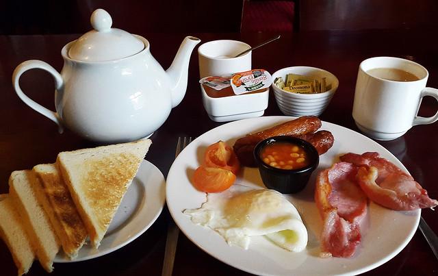 An Craoibh�n Mini Breakfast