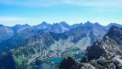 Rysy, Dolina 5 Stawów, Szpiglasowa Przełęcz z wierzchołka Pośredniego Granatu.