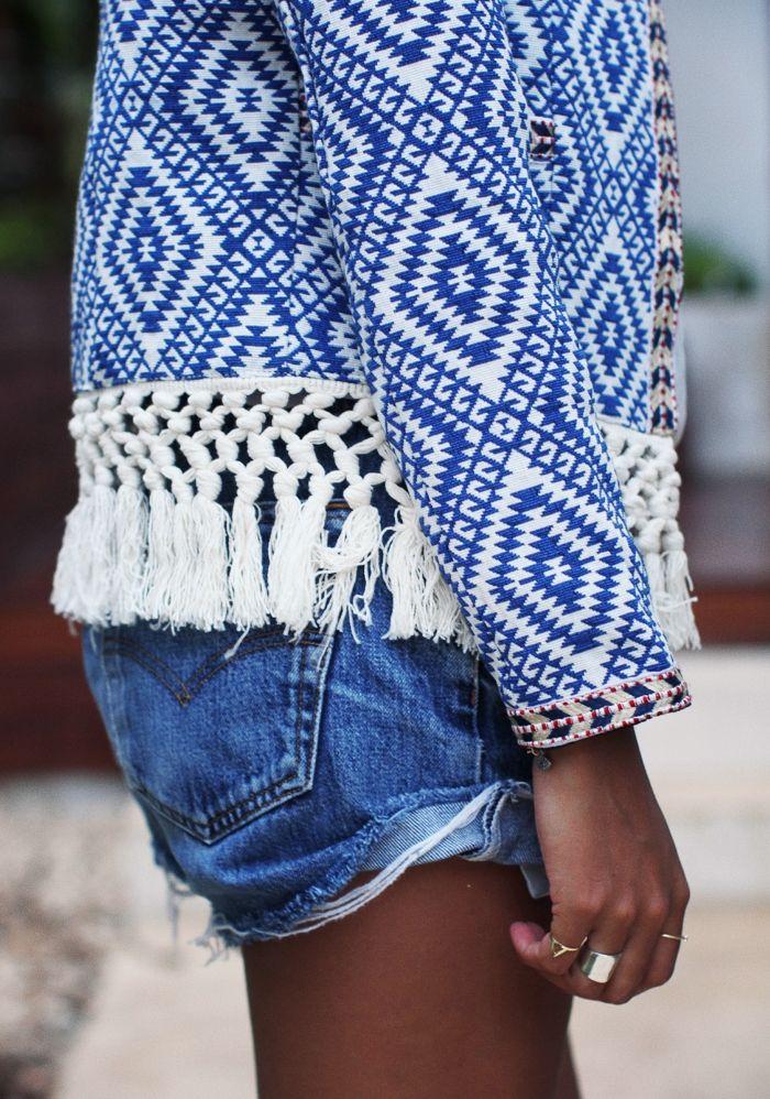 denim-shorts-street-style-19