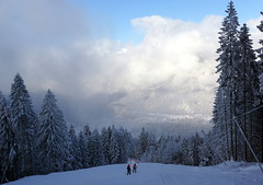 WeatherMaker posted a photo:	... cold morning on the slopes of the Garmisch-Classic Resort