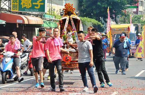 123 Procesion en honor a la diosa Matsu en Kaohsiung (21)