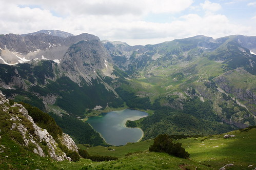 mountain lake nature landscape view outdoor ridge mountaineering mountainside priroda montenegro pogled republikasrpska maglić pejzaž sutjeskanationalpark trnovačkojezero nacionalniparksutjeska trnovačkolake
