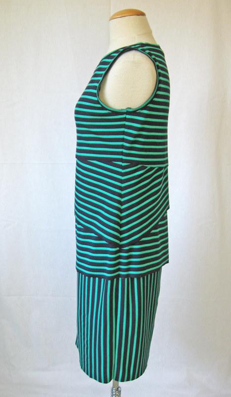 shingle dress on form side