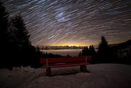 bench stars night nightsky sky tree snow mountain alps obwalden glaubenberg langis orion startrails fog