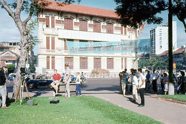 SAIGON 1965 - PHÁP TRƯỜNG CÁT - Scene of Execution in Saigon During Vietnam War