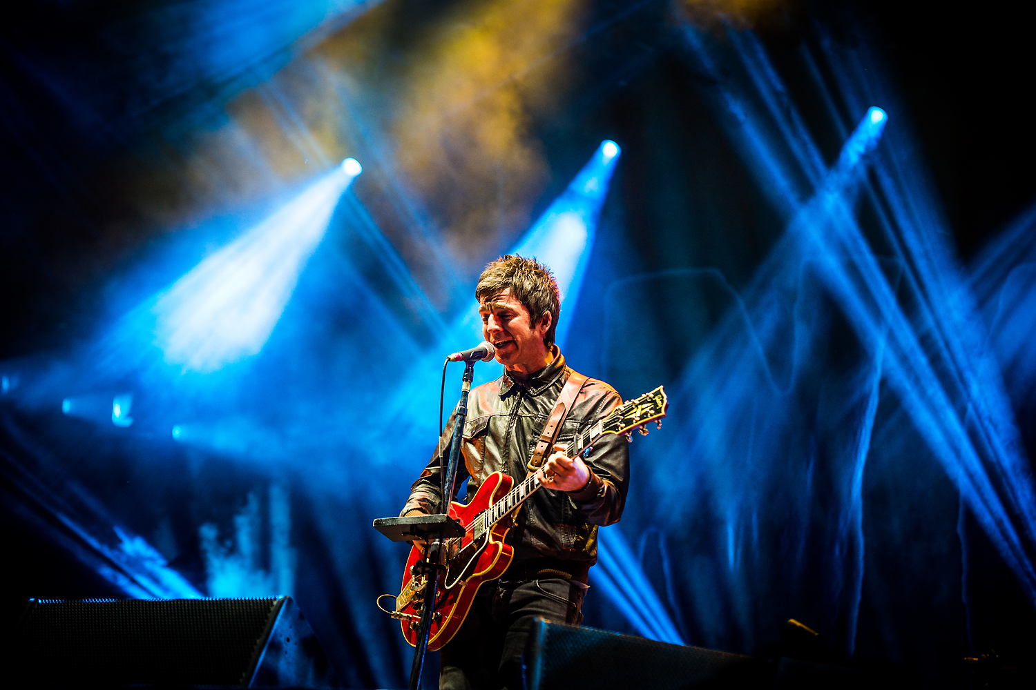 BKS 692 - Noel Gallagher's High Flying Birds