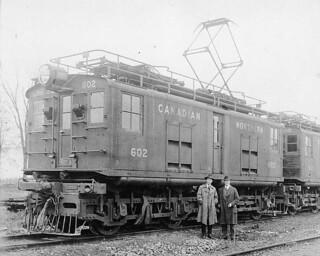 Canadian Northern Railway electric locomotive no. 602... / La locomotive électrique no 602 de la société Canadian Northern Railway...