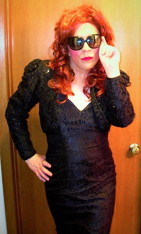 Elegant evening dress w/ sunglasses
