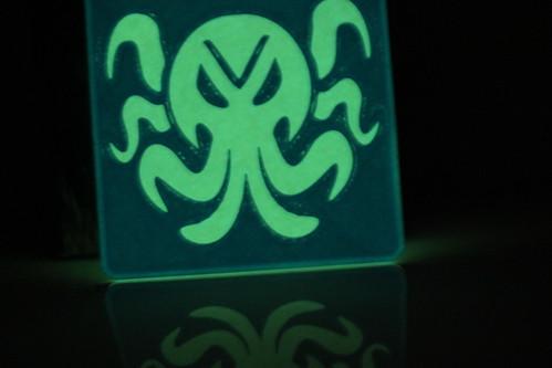 3D Printing - Glowing Cthulhu Coaster (Lit Up)