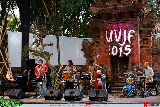 Ubud Village Jazz Festival 2015 Day 2 - Koko Harsoe (1)