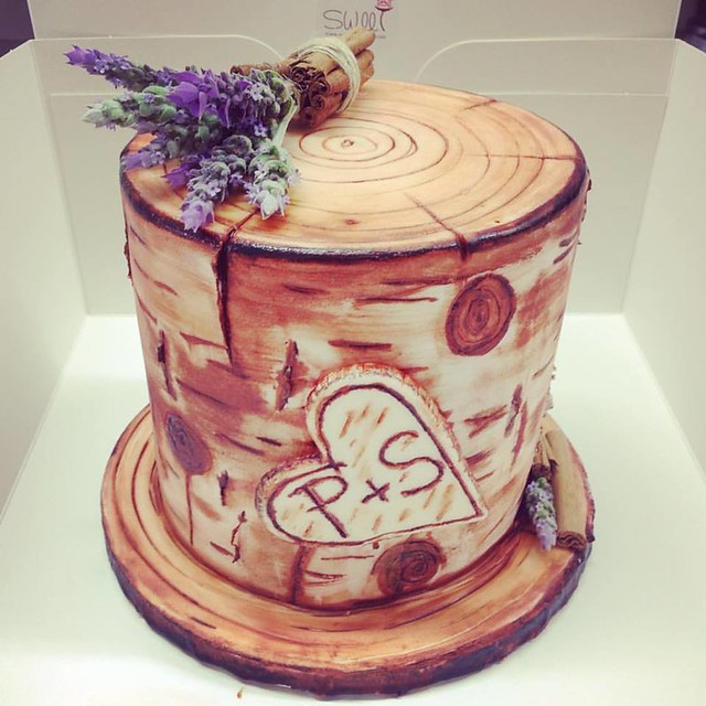 Trunk Cake by SWEET 180°