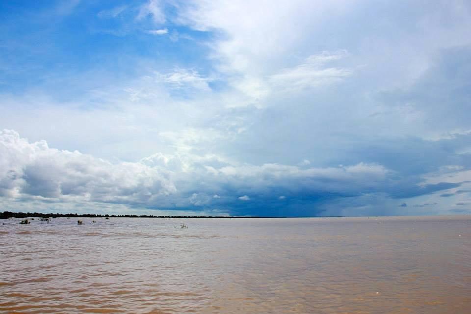 #travelbloggerindia #cambodiatourism #siemreap #angkor #tonlesap