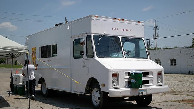 Taqueria Express Taco Truck in Des Moines, Iowa