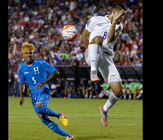 Gana EU 2-1 a Honduras en primera fecha de la Copa Oro