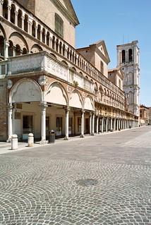 Изображение Torre. italy arquitectura italia torre catedral sigma ferrara emiliaromagna dp1 cattedraledisangiorgio almusaiti
