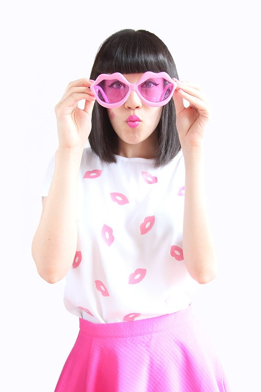 LipsShirt4