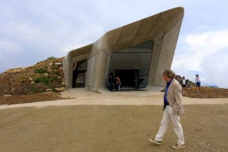 Na vrcholu Kronplatzu otevřel Messner své šesté muzeum