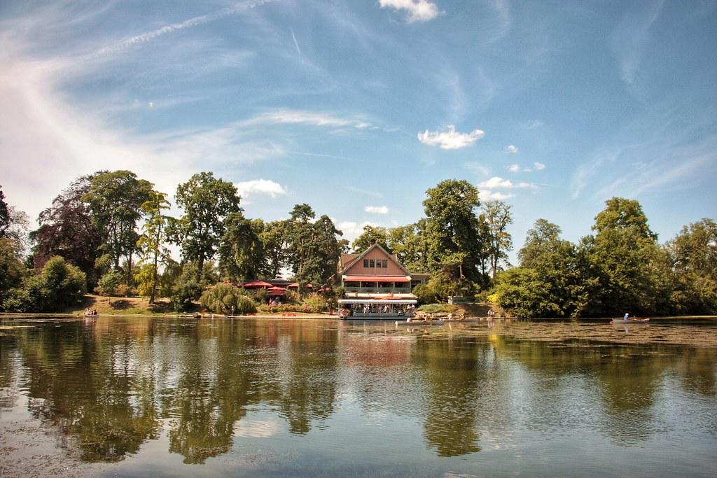 the charming lac inferieur et chalet des 206 les roisin grace