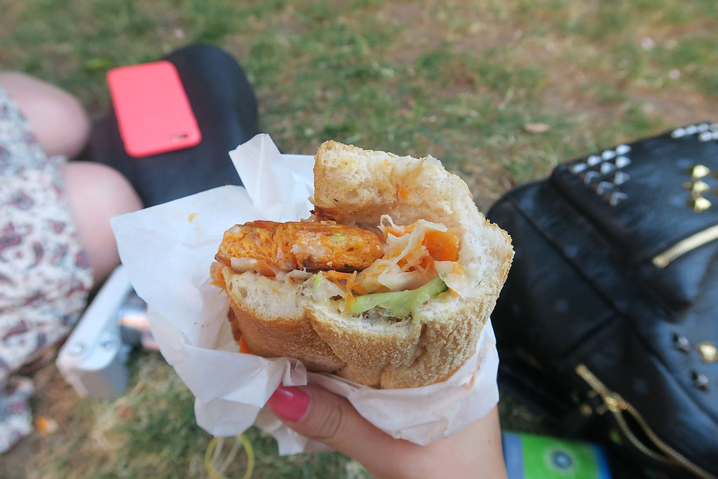 whaam-banh-mi-fish-cake-baguette-review