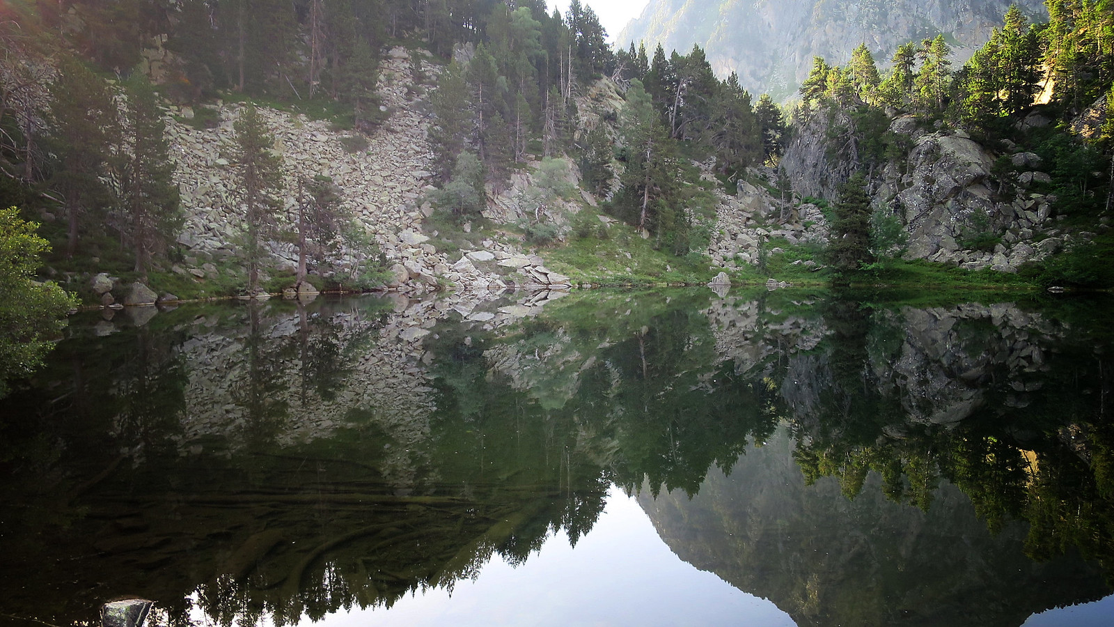 Aigüestortes: Bonaigua - Estany de Gerber - Pic d'Amitges - Pic de Saboredo - Vall de Ruda
