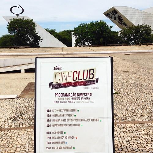 Sesc Cine Club: cinema ao ar livre na Praça dos Três Poderes em Brasília