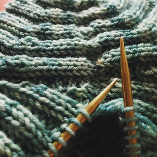 It's finishing day! Grafting up my sock weight #AdventureKAL hat which I finally finished knitting last night. I'm so slow with fingering weight!