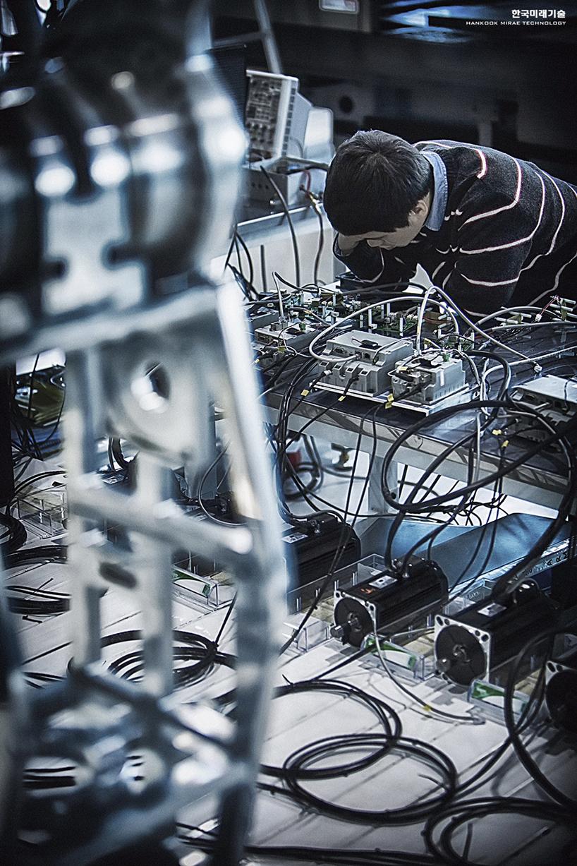 Процесс создания робота METHOD-2