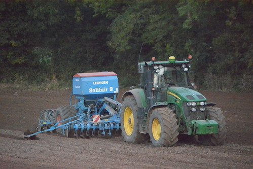 john deere 7930 tractor lemken solitair 9 seed drill jd green winter wheat dromahane sow sowing set setting drilling tillage till tilling plant planting crop crops cereal cereals county cork ireland irish farm farmer farming agri agriculture contractor field ground soil dirt earth dust work working horse power horsepower hp pull pulling machine machinery grow growing nikon d7100 tracteur traktor traktori trekker trator ciągnik