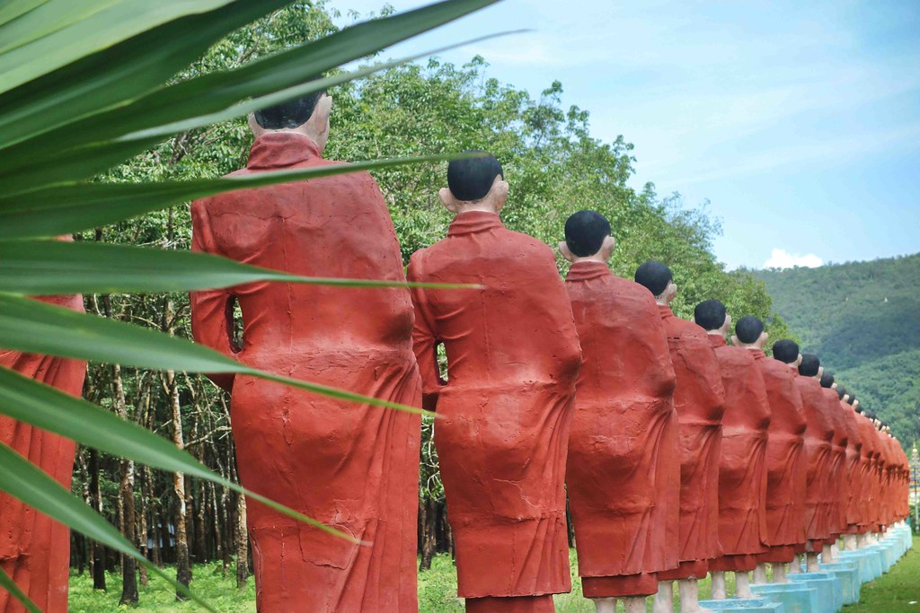 Myanmar - Mawlamyine - Bouddha Win Sein