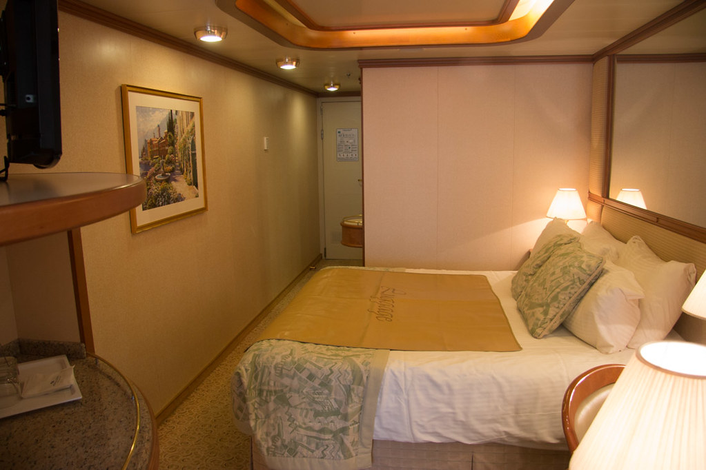 Mini Suite onboard the Princess Ruby | Cabin review