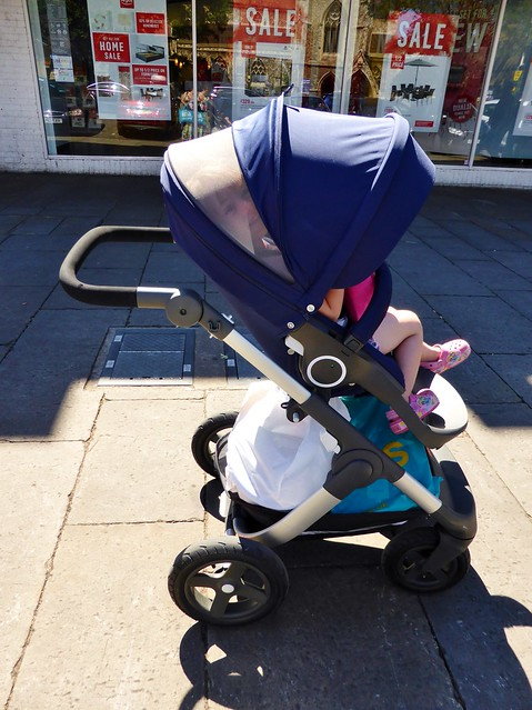 out shopping with stokke trailz