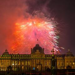 Feu d'artifice « Paris accueille le monde » - Paris, 14 juillet 2015 - Fireworks - Groupe F - depuis l'école militaire