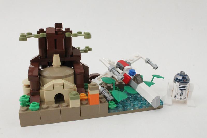 Review - LEGO Star Wars SDCC 2015 Dagobah Mini-Build από Brick Fan 19769437228_6931fbe0d1_c