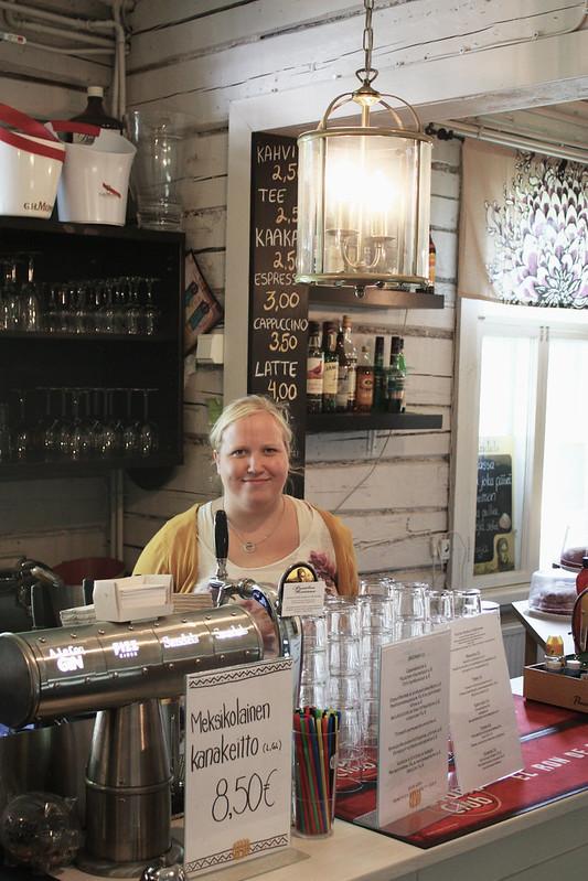 Café Svenkka kahvila Puotilassa Kaikki Paketissa