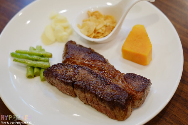 20381831142 19e1552f60 z - 【熱血採訪】牧穀禾牛牛排麵,可同時享受Prime等級牛肉麵與牛排喔!