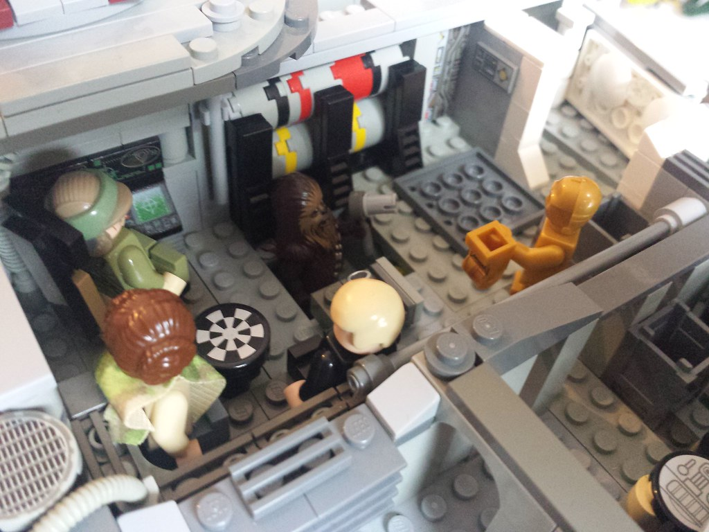 Lego Millennium Falcon interior main hold 3