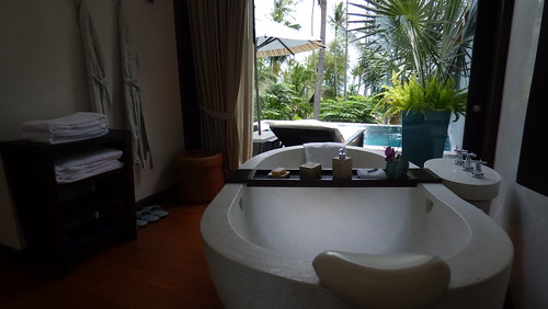 今日のサムイ島 7月7日 ため息の出るラグジュアリーリゾート